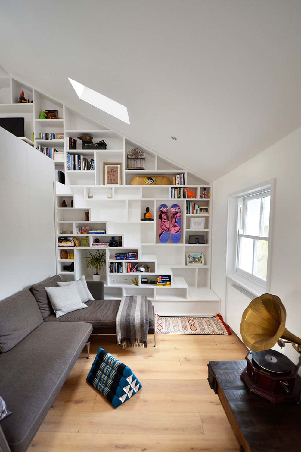 Book shelf staircase wall